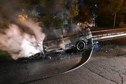 حادثه آتش سوزی خودروی پراید در فردوس شرق مصدومی نداشت