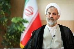کشف داروهای غیرمجاز در بیمارستانی در تهران/ فرار مالیاتی ۷هزار میلیارد تومانی چند شرکت پتروشیمی