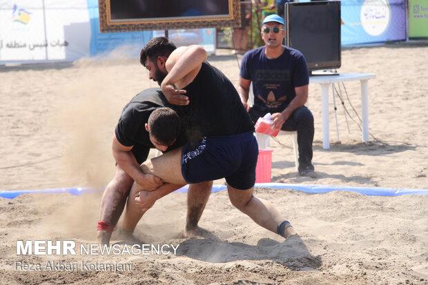 مسابقات کشتی ساحلی قهرمانی کشور در انزلی