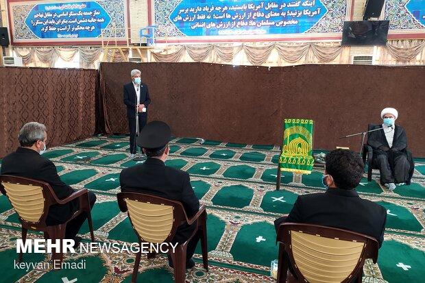 دیدار خادمان آستان قدس رضوی با نماینده ولیفقیه در استان بوشهر