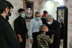 جنرل قاآنی کی شہید حسن عبداللہ زادہ کے اہلخانہ سے ملاقات