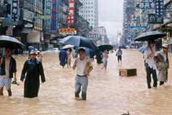 طوفان شدید معاملات صبح بورس هنگ کنگ را تعطیل کرد