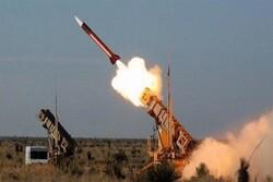 قصف صاروخي يستهدف قاعدة عسكرية لقوات الإحتلال الأمريكي في دير الزور