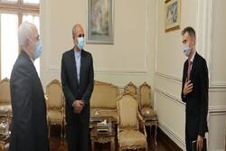 دیدار خداحافظی سفیر سوئیس در تهران با «ظریف»