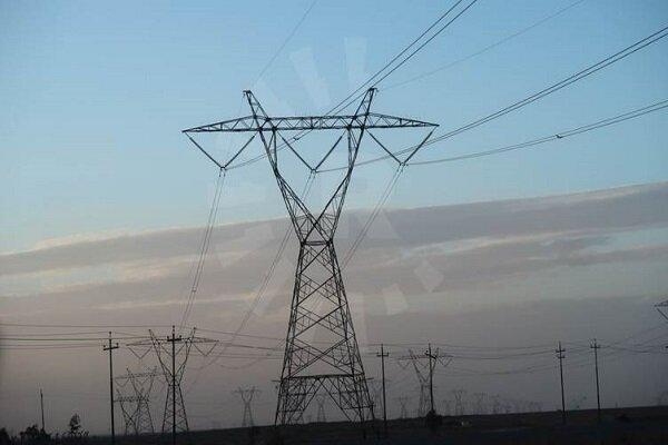 تابستان امسال در حوزه برق با مشکلاتی زیادی مواجه بودیم