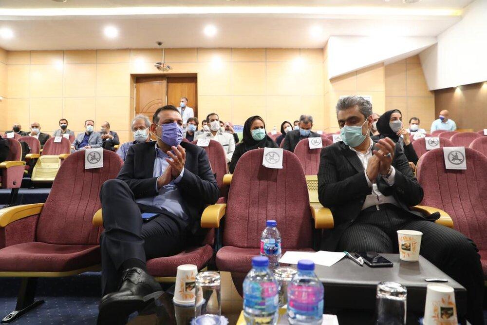 عصبانیت عزیزیخادم از اقدام رئیس کمیته فوتسال و وحید شمسایی