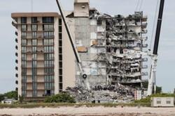 شمار قربانیان ریزش ساختمان در فلوریدا به ۲۲ تن رسید/۱۲۶ تن همچنان مفقود هستند