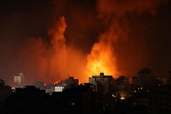 Zionist airstrikes target positions in Gaza Strip (+VIDEO)