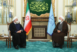 Rouhani meets with new Judiciary chief Mohseni-Eje'i