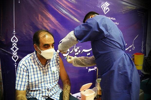 تزریق ۳۱۶۹ دوز واکسن کرونا در جم/ شناسایی ۴۰۸۶ بیمار کرونایی