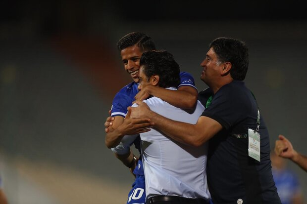 Esteghlal striker joins UAE's Shabab Al-Ahli