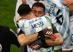 پیروزی آرژانتین مقابل کلمبیا و صعود به فینال/ مسی به نیمار رسید
