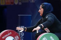 تشکیل کمیسیون پزشکی برای بررسی وضعیت بانوی المپیکی وزنهبردار