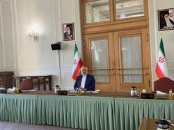 Zarif calls on Afghan delegations to end civil war soon