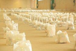 ۵۰۰ بسته معیشتی بین افراد آسیبدیده از کرونا در دشتی توزیع شد