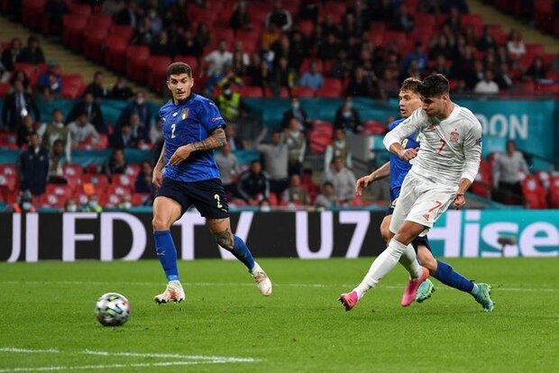 یورو کپ کے سیمی فائنل میچ میں اٹلی اسپین کو ہرا کر فائنل میں پہنچ گیا