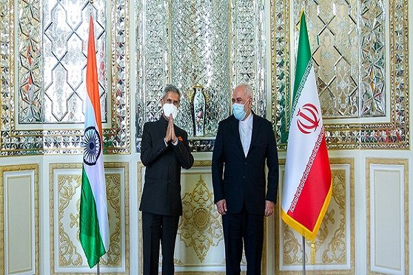 Indian FM in Tehran with Modi's message for Raeisi