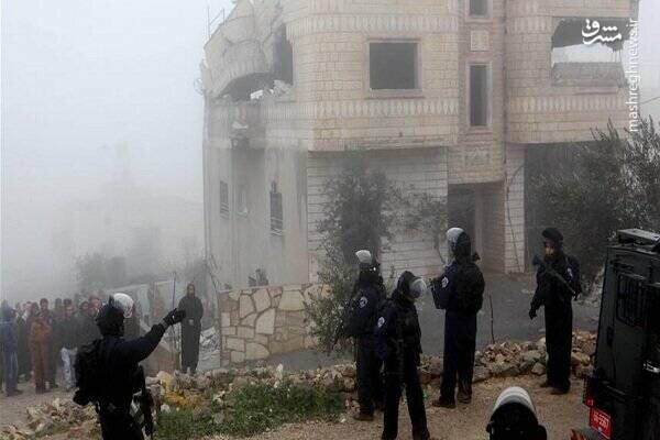 İsrail güçleri Filistinli bir tutuklunun evini yıktı