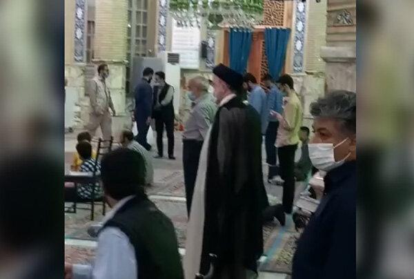 آیت اللہ رئیسی کی مسجد جمکران میں حاضری اور عبادت