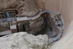 معاندان نظام در مسئله آب خوزستان موجسواری کردند