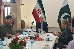 Strengthening relations with neighbors priority for Iran