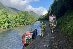 Several injured in train derailment in Alps