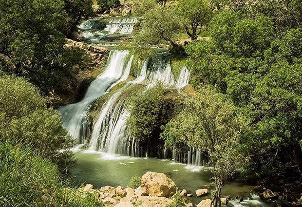 VIDEO: Breathtaking scenery of Gerit Waterfall in W Iran