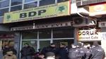 سزای زیندانی بە بۆنەی دانانی تابلۆی حزبی بە زمانی کوردی