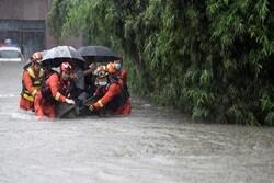 تخلیه کامل چند شهر در استان سیچوآن چین در پی بارش سنگین و سیل
