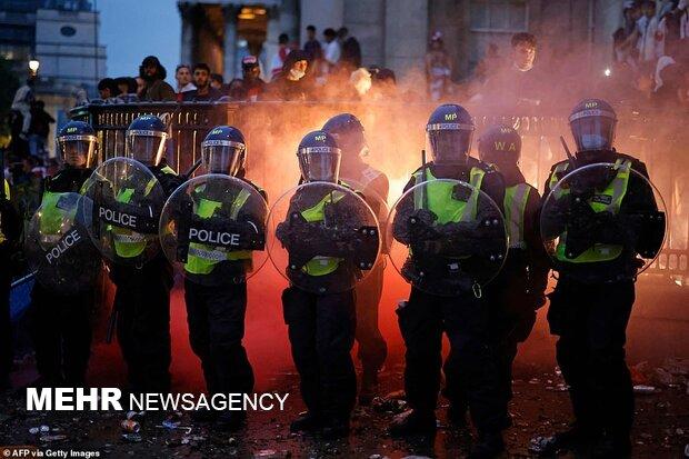 آشوب و درگیری هوادان فوتبال در لندن