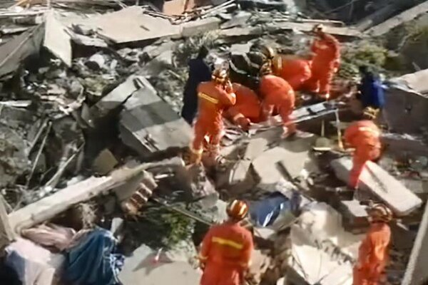 1 dead, 10 missing as hotel collapses in E China (+VIDEO)