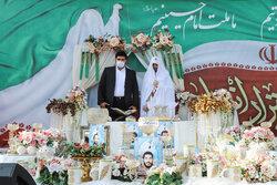 تہران میں امام حسین (ع) اسکوائر پر انقلاب کی بیٹیوں کی شادی کا جشن منعقد