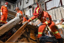 8 dead, 9 missing in China hotel collapse