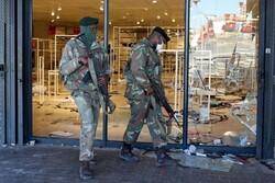 ۱۰ کشته در جریان حمله به یک مرکز خرید در آفریقای جنوبی