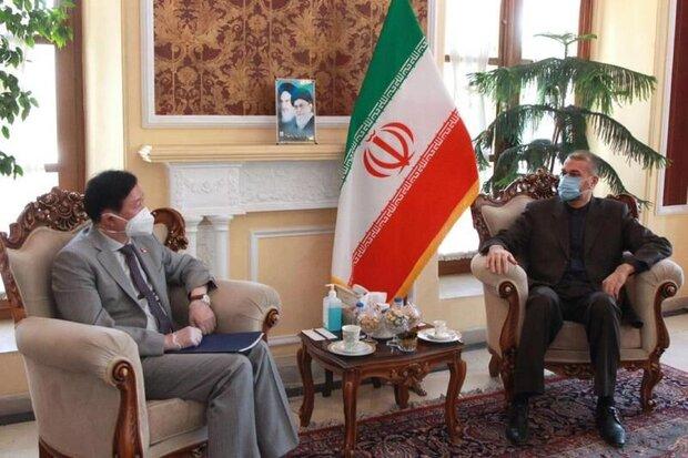 امير عبداللهيان يؤكد على ضرورة تعزيز العلاقات بين طهران وبكين