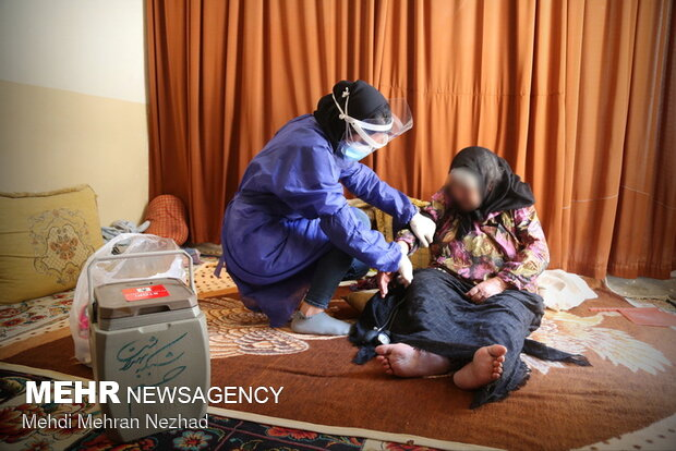 Home vaccination for disable elderlies in S. Iran