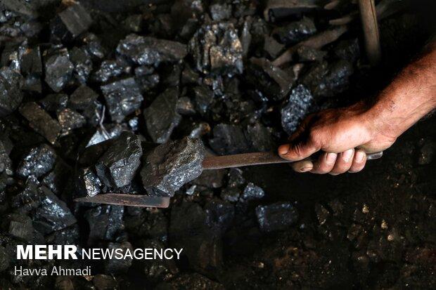 مواد اصلی تشکیل دهنده گرمای کوره ذغال می باشد