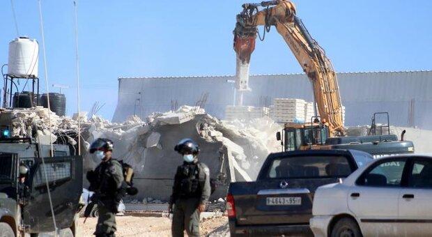 الاتحاد الأوروبي يطالب الاحتلال الصهيوني بوقف جميع عمليات الهدم