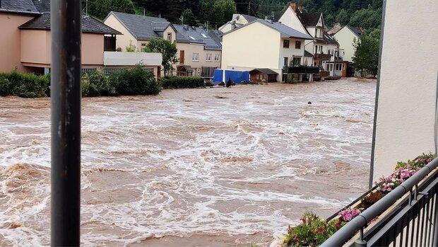 More than 20 dead in heavy W Europe floods, dozens missing