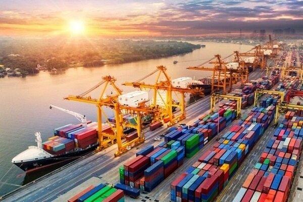 İran limanları büyük gemileri kabul etmeye hazır