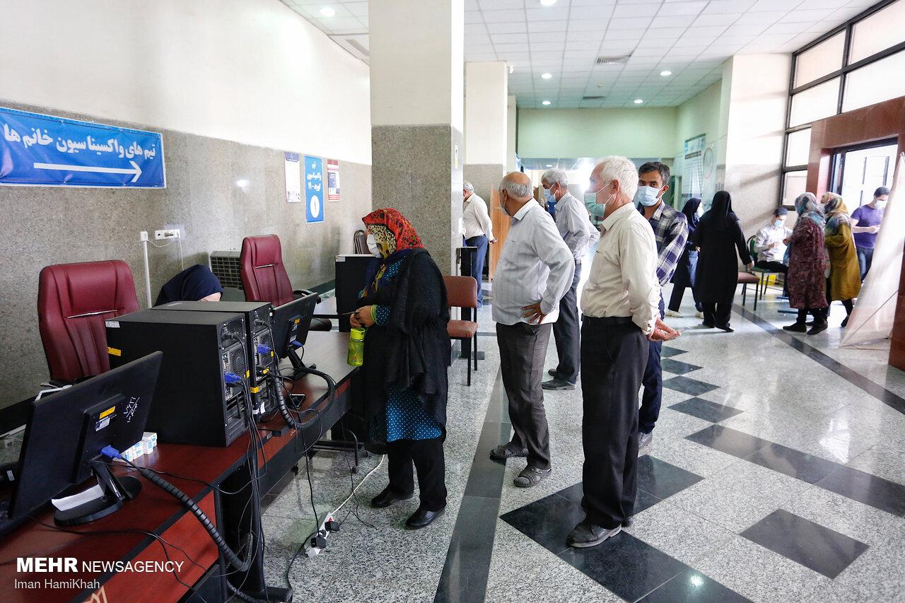 ایرانی ها چند دوز واکسن زده اند/ روند نزولی واکسیناسیون