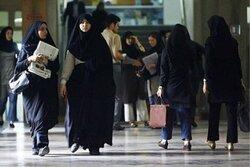 نباید به مرزبندی زن با حجاب و بیحجاب دامن زد