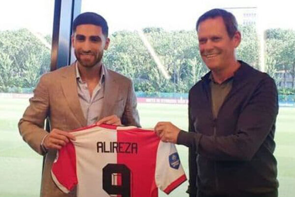 Iranian footballer goes back to Netherlands to join Feyenoord