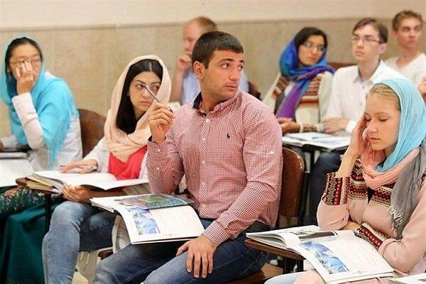 أكثر من 50 ألف طالب أجنبي في الجامعات الإيرانية