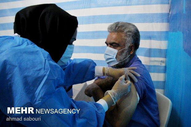 استان بوشهر رکورددار واکسیناسیون در کشور است