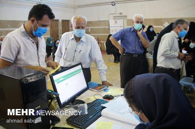 روزانه ۱۰۰ هزار تهرانی واکسینه می شوند/تشکیل گروه های واکنش سریع