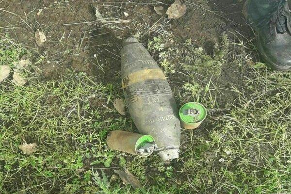 کشف خمپاره جنگی در زمینهای کشاورزی هرسین