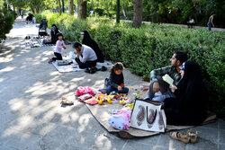 مراسم دعای پرفیض عرفه در دانشگاه تهران