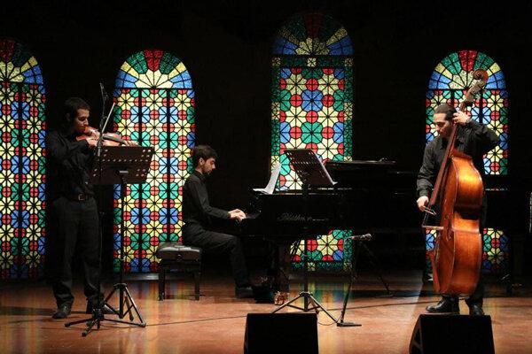 پنجمین دوره کنسرتهای آنلاین آغاز شد/ سازوآواز ایرانی در «رودکی»