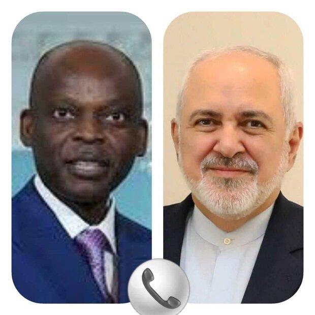 ظريف يجري محادثات مع وزيرخارجية توغو حول العلاقات الثنائية